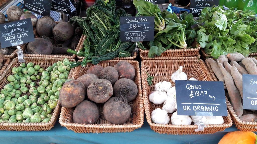 Britanniaan iski #kesäkurpitsakriisi – noin muuten kansalaisia patistetaan syömään enemmän kasviksia