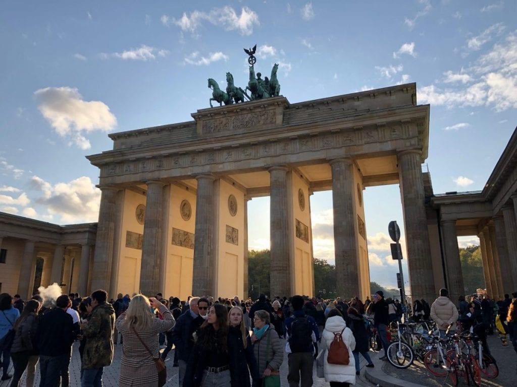 Pääkaupungin kuuma peruna ja poliittista kipuilua – syksyn huomiot Berliinistä ja Saksasta